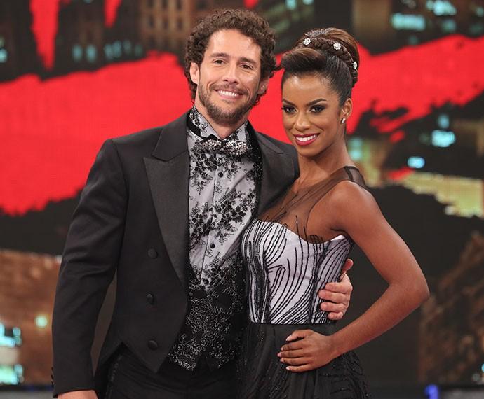 Flávio Canto e sua parceira na competição, Ivi Pizzott (Foto: Carol Caminha / Gshow)