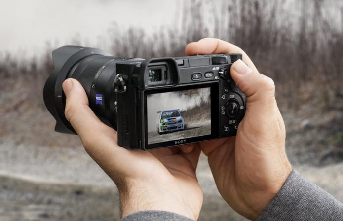 O numero de cliques é importante para analisar a média de vida útil da câmera (Foto: Divulgação/Sony) (Foto: O numero de cliques é importante para analisar a média de vida útil da câmera (Foto: Divulgação/Sony))