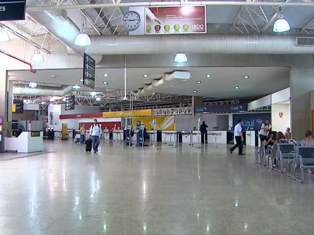 Aeroporto Leite Lopes registrou queda na movimentação de passageiros no 1º trimestre (Foto: Reprodução/EPTV)