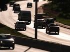 DF tem 4 a cada 10 veículos ainda sem licenciamento 2016, diz Detran