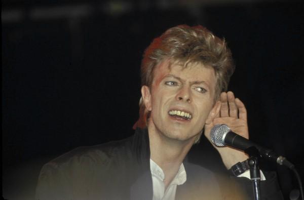 David Bowie durante uma apresentação em 1987 (Foto: Getty Images)