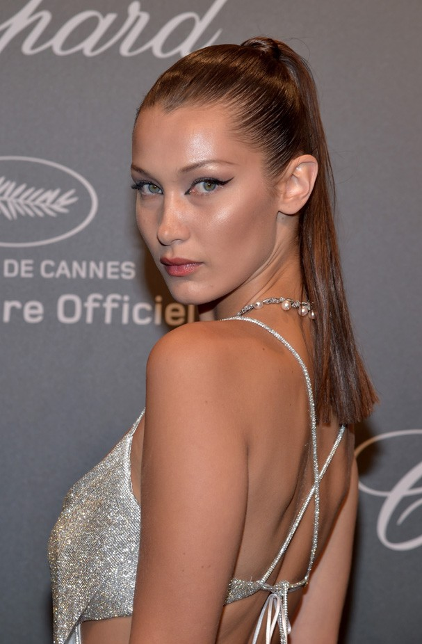 "CANNES, FRANCE - MAY 19:  Bella Hadid attends the Chopard ""SPACE Party"", hosted by Chopard's co-president Caroline Scheufele and Rihanna, at Port Canto on May 19, 2017, in Cannes, France.  (Photo by Pascal Le Segretain/Getty Images for Chopard) (Foto: Getty Images for Chopard)"