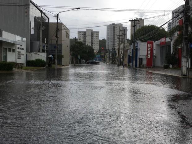 Chove 55,8 milímetros em Natal (Foto: Filipo Cunha/Inter TV Cabugi)