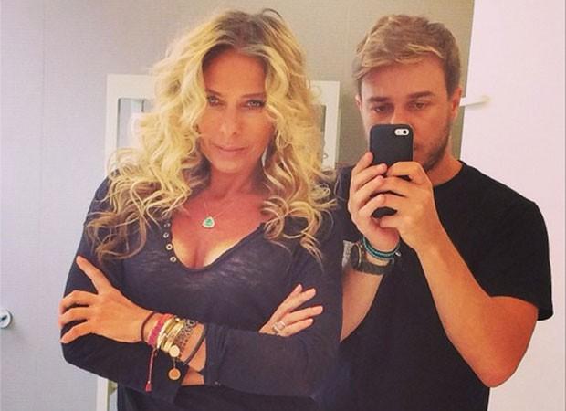 Adriane Galisteu e Thiago Fortes (Foto: Reprodução/Instagram)