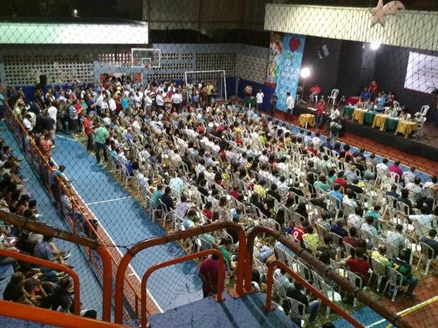 Assembleia dos bancários em Salvador onde a categoria aceitou acordo e encerrou greve na Bahia (Foto: Divulgação/Sindicato dos Bancários)