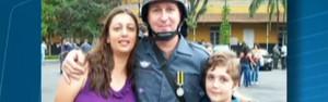 Menino de 13 anos matou os pais e foi à escola, acredita PM (Menino de 13 anos matou os pais e foi à escola, acredita PM (Menino de 13 anos matou os pais e foi à escola, afirma PM (Reprodução/TV Globo)))