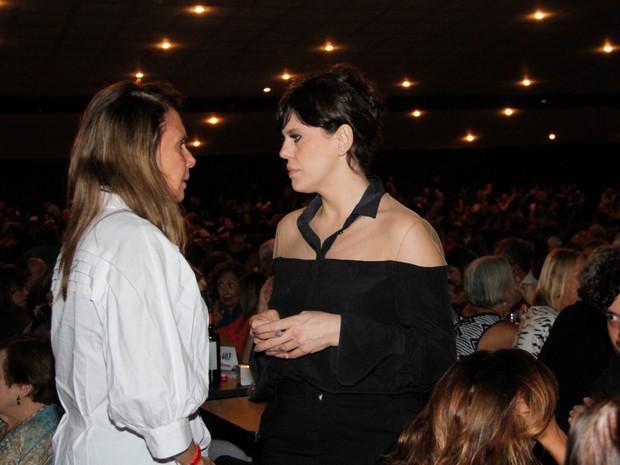 Xuxa Lopes e Bárbara Paz em show no Rio (Foto: Onofre Veras/ Brazil News)