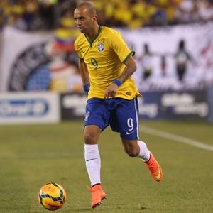 Diego Tardelli Brasil x Equador (Foto: Bruno Domingos / Mowa Press)