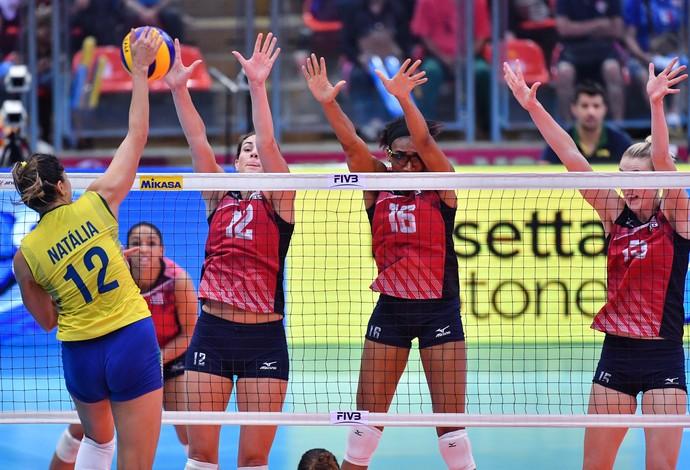 Brasil x EUA - final Grand Prix vôlei feminino Natália (Foto: Divulgação/FIVB)