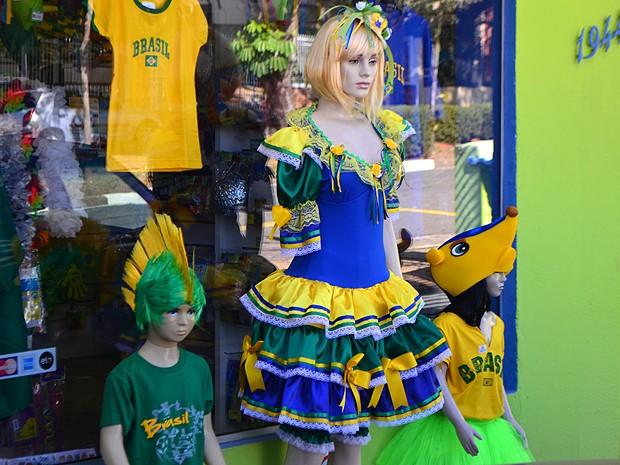 1603d88b62d1 G1 - Copa 'invade' festas juninas e leva cores do Brasil às ...