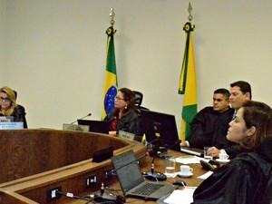Audiência do caso Hildebrando n Tribunal de Justiça. (Foto: Daniel Scarcello/G1)