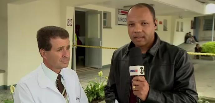 Médico Guillermo Molina confirma morte de Danilo (Foto: Reprodução SporTV)