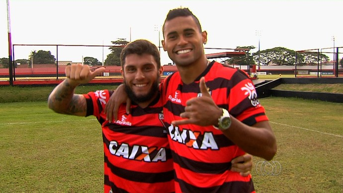 Thiago Primão e Kayke - Atlético-GO (Foto: Reprodução / TV Anhanguera)