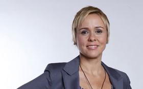 Giulia Gam analisa o amor doentio de Laura por Dimas, e aconselha: 'Esquece esse cara!'
