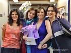 Feliz aniversário! Natália do Vale recebe parabéns das amigas de elenco