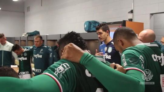 """Vestiário do Palmeiras tem choro de Willian e grito de Felipe Melo: """"Aqui é Palmeiras!"""""""