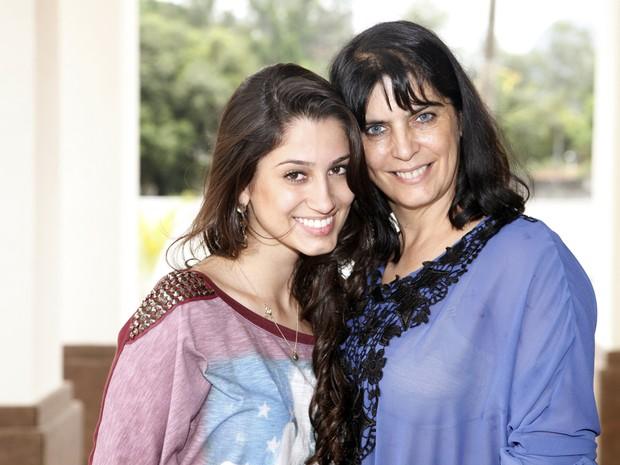 Irmã e mãe de Andressa (Foto: Marcos Serra Lima/EGO)