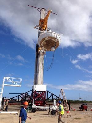 Balão da Nasa com protótipo de sistema de pouso é içado no Havaí (Foto: JPL-Caltech/Nasa)