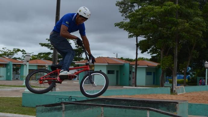 Wellington Vilela, praticante de BMX (Foto: Jonatas Boni)