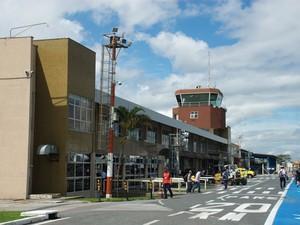 aeroporto - [Brasil] Aeroporto de Navegantes registra maior movimento em 36 anos Dsc_0256