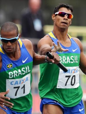 Anderson Henriques Pedro Burmann revezamento 4x400m
