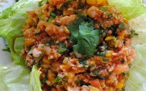 Ceviche de linguado com tempero mexicano