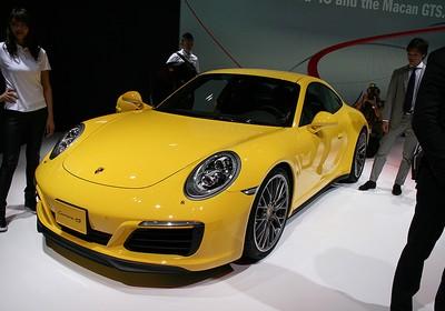 Porsche 911 Carrera 4S no Salão de Tóquio 2015 (Foto: Newspress)