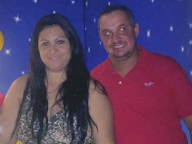 A mãe do jovem, Tatiana Lozano Pereira, e o marido, Alex Pereira (Foto: Reprodução/EPTV)