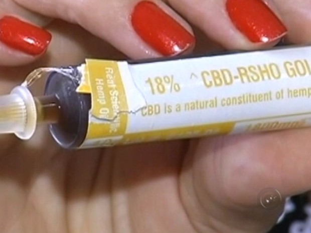 Remédio é extraído da maconha (Foto: Reprodução / TV TEM)