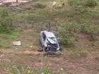 Carro capota e bebê de dois meses morre em acidente na Bahia
