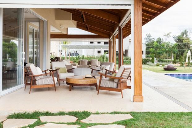 Casa de campo r stica e moderna casa vogue casas for Casas modernas rusticas
