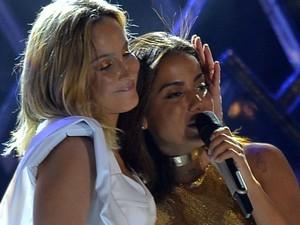 'Eu voltei porque amo Claudinha', disse Anitta após subir ao palco durante o show de Claudia Leitte (Foto: Max Haack/Ag. Haack)