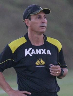 técnico do Criciúma, Paulo Comelli (Foto: Fernando Ribeiro/Criciúma)