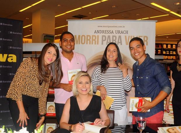 Andressa Urach lança biografia em Salvador (Foto: Juci Ribeiro/Divulgação)