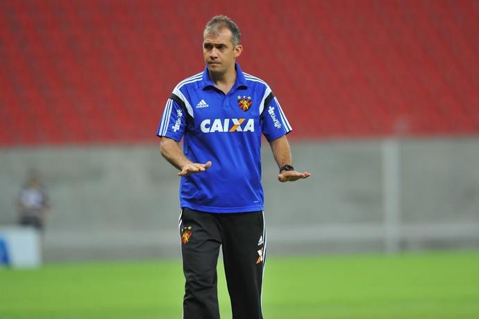 Sport x Internacional Eduardo Baptista (Foto: Aldo Carneiro/Pernambuco Press)