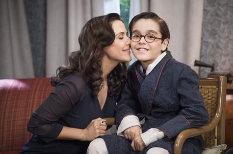 Guilhermina Guinle com Xande Valois em cena em Êta, mundo bom!  (Foto: Caiua Franco)