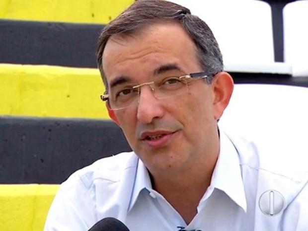 Fabiano Teixeira de Souza, prefeito de Serrinha (Foto: Reprodução/Inter TV Cabugi)