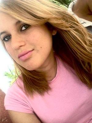 Iara do Nascimento Silva, de 17 anos, também foi morta na chacina de Lagoa de Pedras, no RN  (Foto: Reprodução/Facebook)