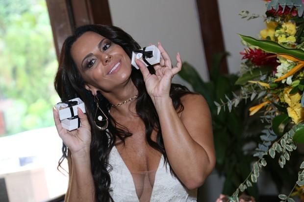 Viviane Araújo (Foto: Anderson Borde / Divulgação)