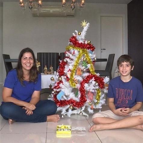 Clarissa Guerretta com o filho Aquiles (Foto: Divulgação)