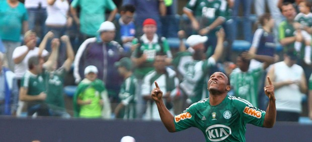 Obina gol Palmeiras (Foto: Roberto Vazquez / Futura Press)