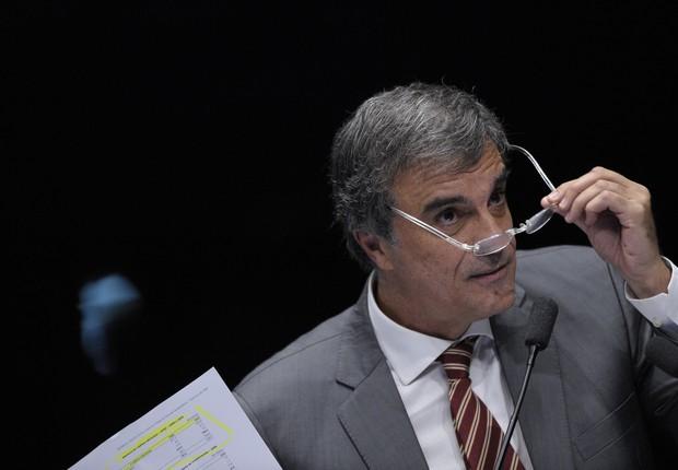 O advogado de defesa de Dilma Rousseff, José Eduardo Cardozo, durante sua fala no Senado (Foto: Pedro França/Agência Senado)
