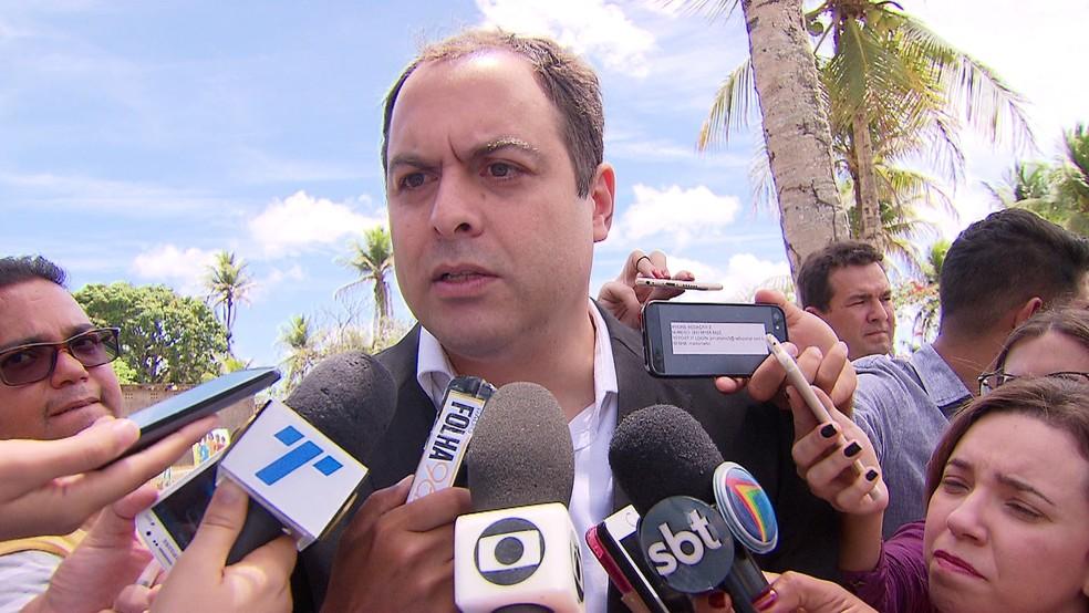 Governador de Pernambuco, Paulo Câmara (PSB), reconhece situação crítica  (Foto: Reprodução/TV Globo)