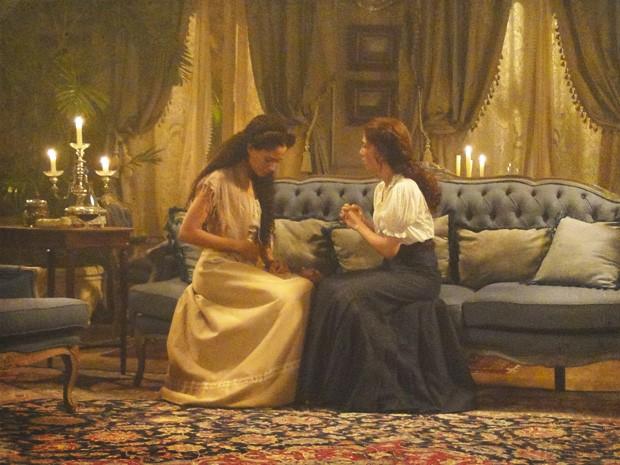 Em conversa Isabel diz que está grávida (Foto: Lado a Lado/Tv Globo)