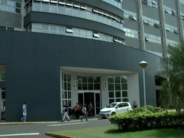 Médicos de Rio Preto estudam fazer transplante multivisceral no Brasil (Foto: Reprodução/TV TEM)
