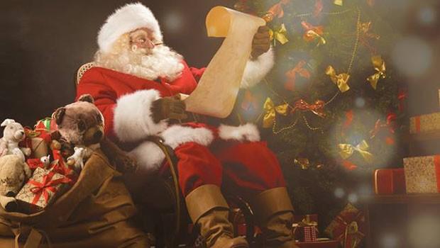 Evento marca a chegada do Papai Noel em várias regiões da cidade (Foto: Divulgação)