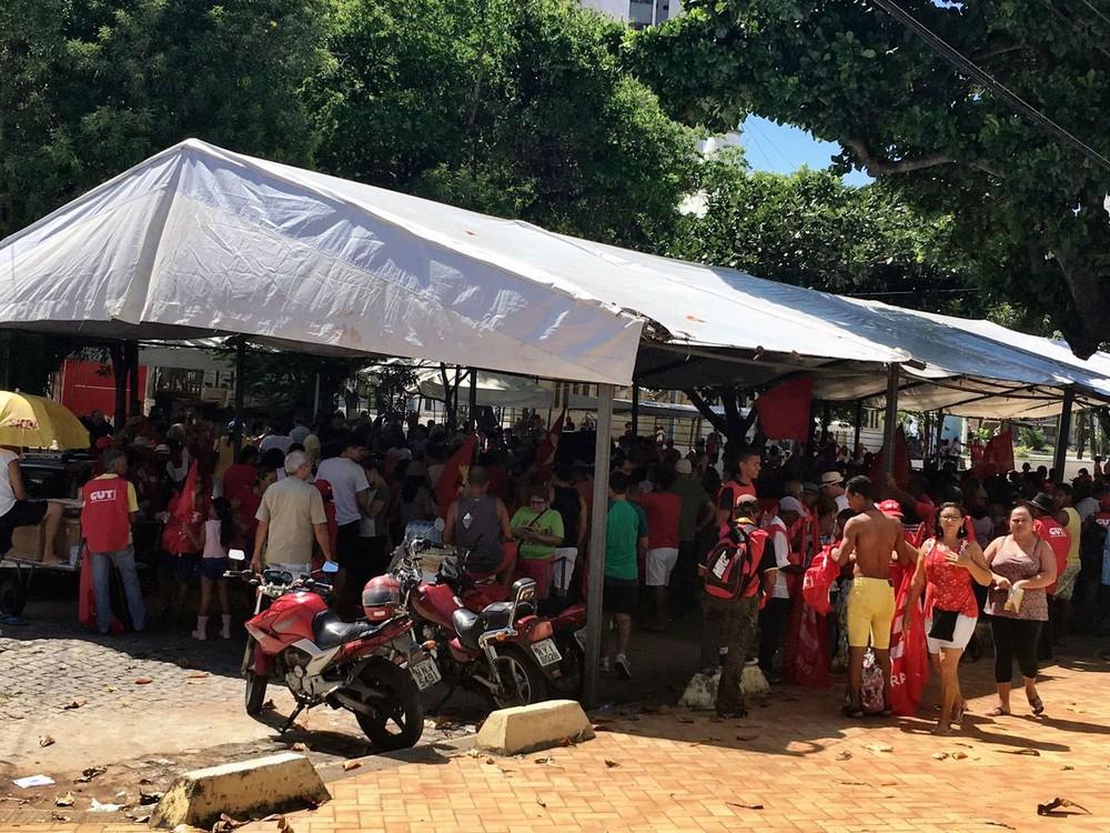 agora!! Em Natal, manifestantes pedem saída de Temer e convocação de eleições diretas