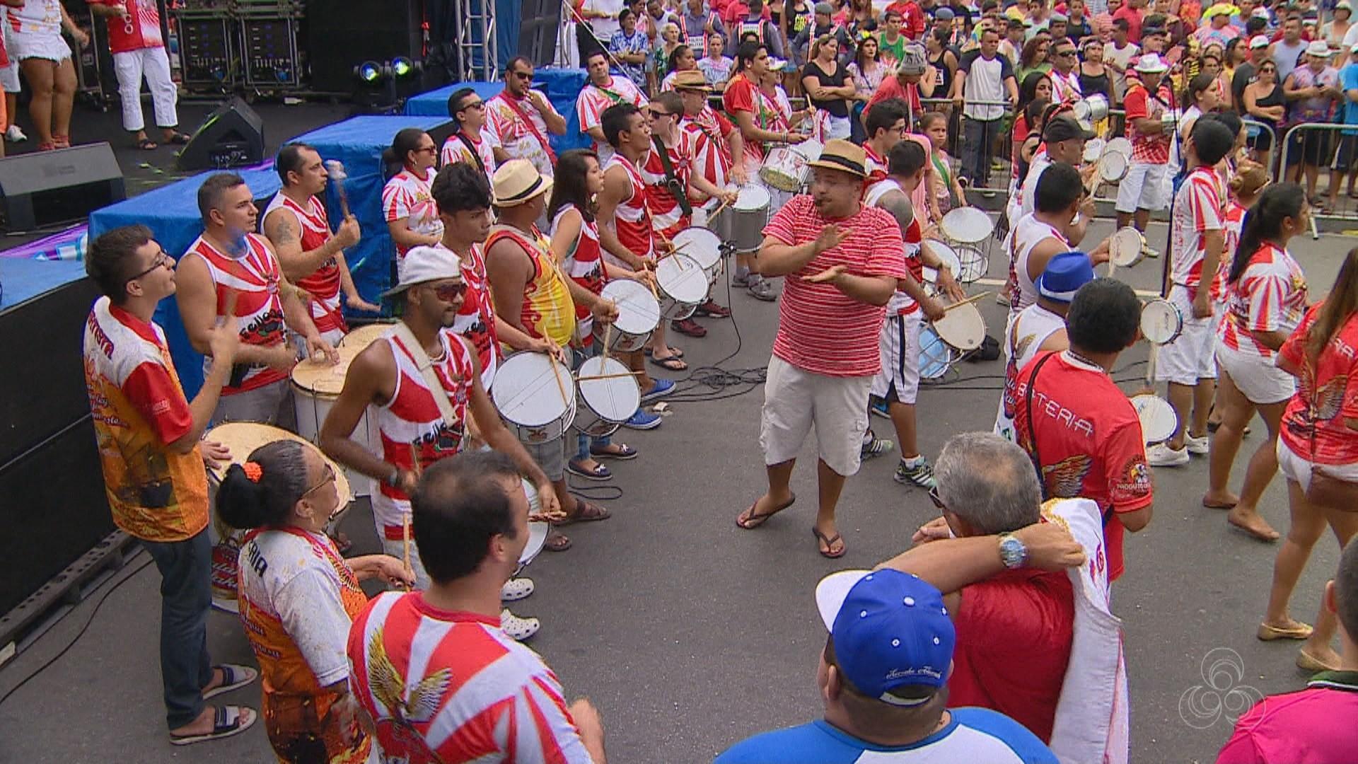 Foliões se preparam para o esquenta da Banda do Bolevard, em Manaus (Foto: Bom Dia Amazônia)