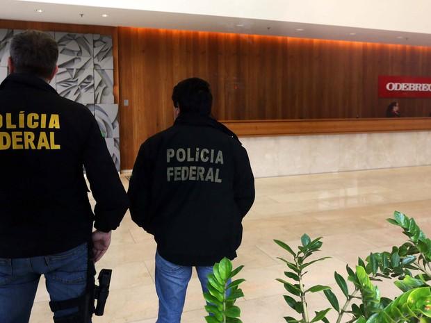 Polícia Federal cumpre mandado na sede da Oderbrecht, em São Paulo (SP), na manhã desta sexta-feira (19). A ação faz parte da 14ª fase da Operação Lava Jato (Operação Erga Omnes) e está sendo cumprida em quatros estados pelo país. (Foto: Marcos Bezerra / Futura Press / Estadão Conteúdo)
