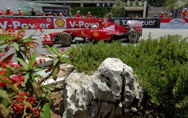 Em busca de recuperação, Massa conquistou melhor posição de largada de 2012 (Foto: EFE)